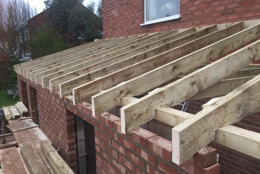 House Extension Building Specialists Walsall, Wednesbury - garage roof going on