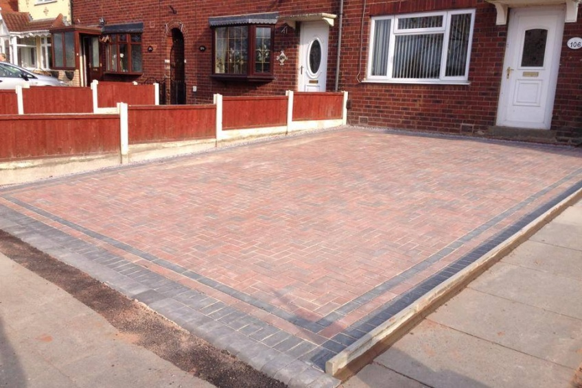 Block Paving Driveway - Walsall - All done. Happy customers again