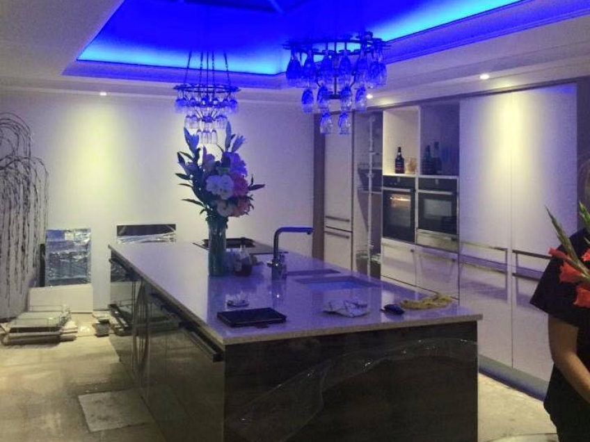 Specialist builders loft conversions walsall wednesbury for I kitchens and renovations walsall